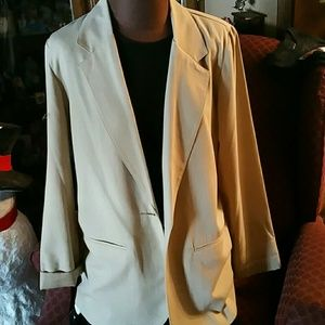 Beige lightweight suit jacket